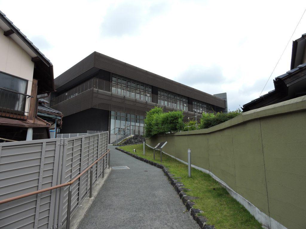 旧山鹿高校(高等女学校)正門跡