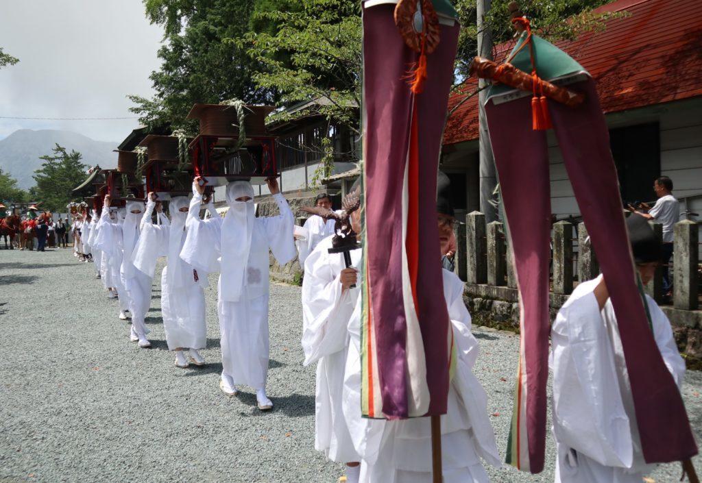 阿蘇神社の御田植神幸式(令和元年)宇奈利